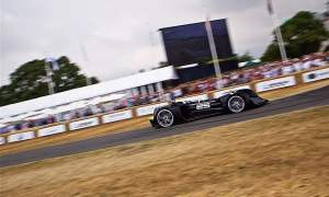 Oto pierwszy autonomiczny samochód, który ukończył tor w Goodwood