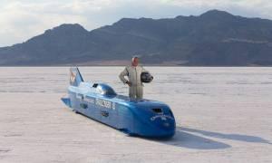 Rekord prędkości pobity za pomocą 50-letniego samochodu