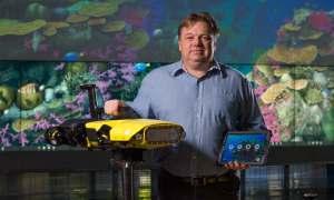 Podowodny dron chroni rafy koralowe i zabija niszczące je rozgwiazdy
