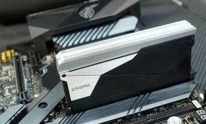 32 GB moduły DDR4 ZADAK Shield zaskakują rozmiarami