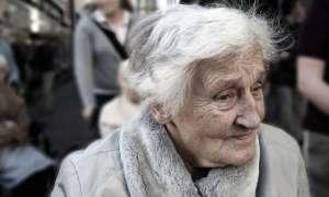 Choroba dziąseł może powodować Alzheimera
