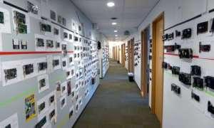36 lat rozwoju GPU uwiecznione na ścianie biura Microsoftu