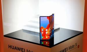 Corning pracuje nad szkłem dla składanych smartfonów