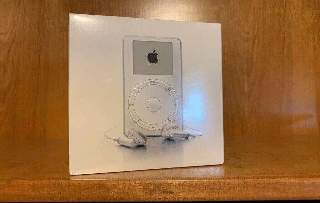 Oryginalny iPod Apple z 2001 roku do kupienia w cenie świetnego samochodu
