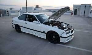 Właściciel tego zmodernizowanego BMW E36 M3 z V8 sprzedaje go za pół ceny