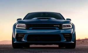 Poszerzony Dodge Charger SRT Hellcat 2020 robi wrażenie