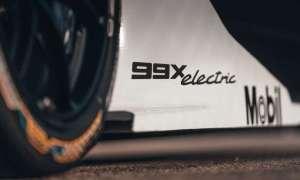 Pierwszy wyścigowy samochód elektryczny Porsche 99X do Formuły E