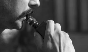 Pierwsza śmierć w USA związana z paleniem e-papierosów