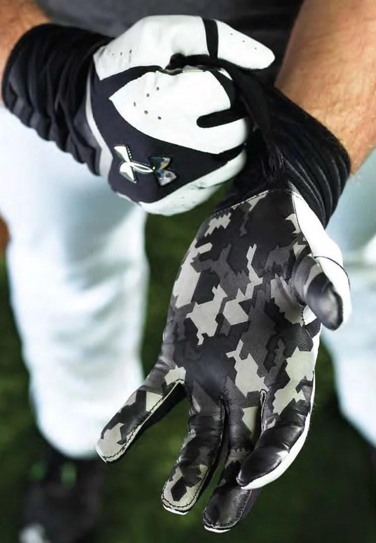 ua-gloves