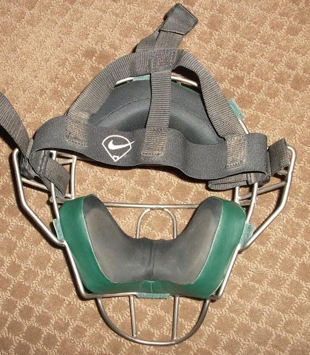 vic-nike-helmet-2