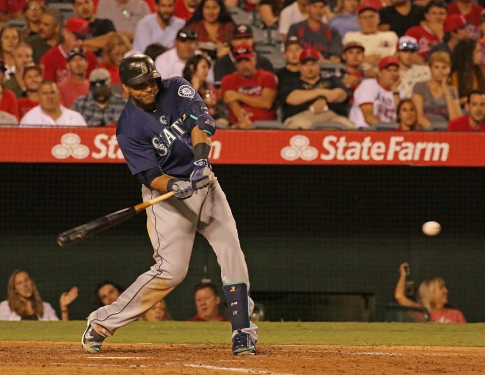 Nelson Cruz I13 Bat