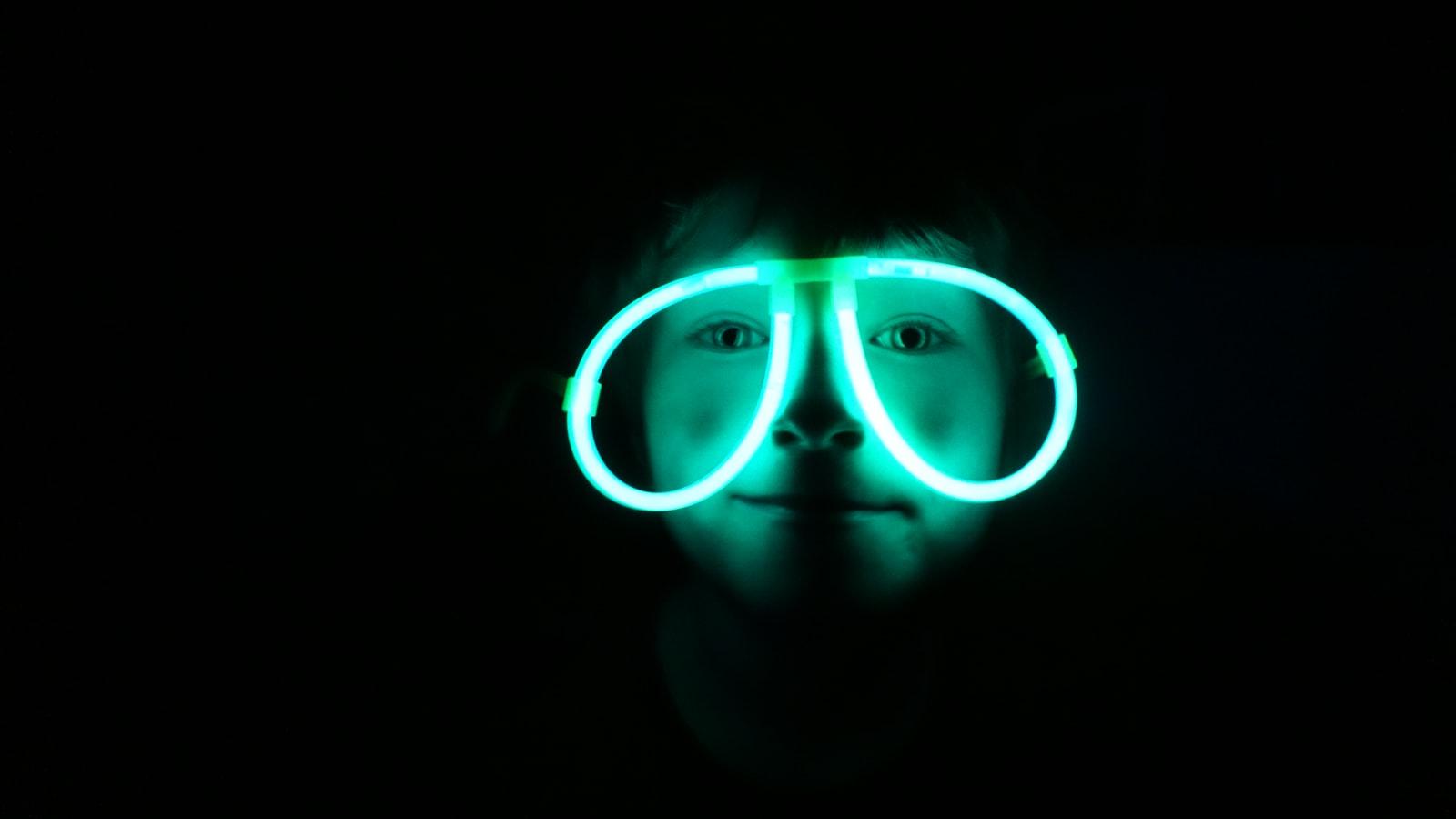 COLOR BLINDNESS CORRECTION GLASSES