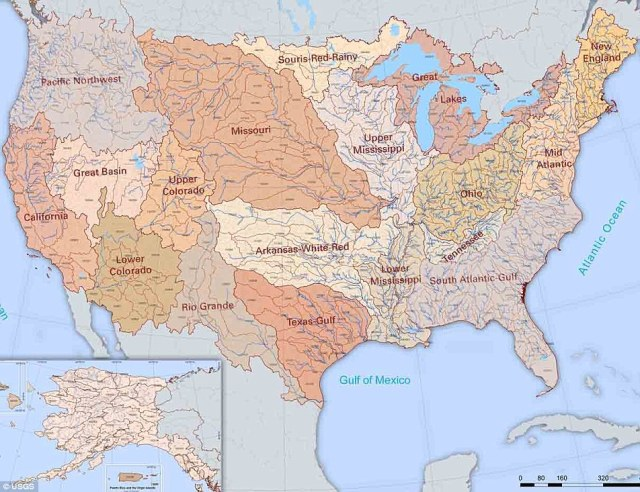 The River map the United States with 18 major river basins ...
