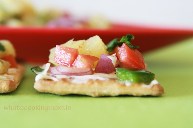 Pineapple salsa Canapes - yummy, easy to make, no cooking required, snack