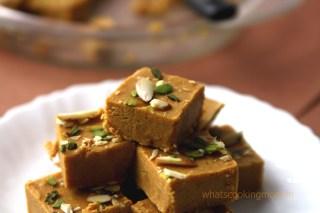 Besan Barfi - gram flour fudge, besan burfi, diwali sweets