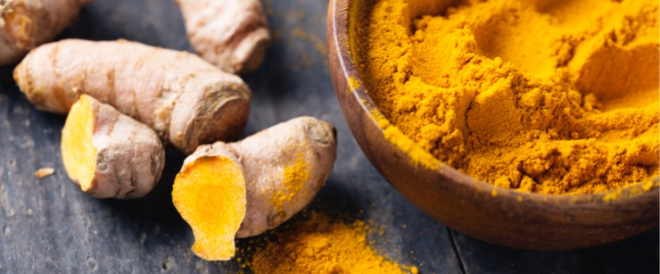 best foods for cold season: turmeric root