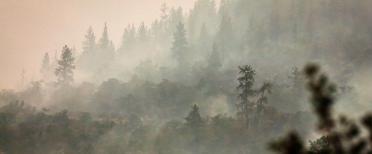 stay healthy in poor air quality: smoke in mountains