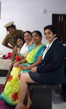 Ladies Compartment - English Hindi Play by Theatre On Bengaluru (TOB) (4)