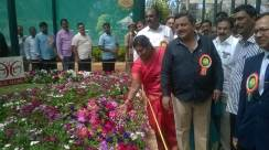 inauguration-of-republic-day-flower-show-2017-at-glass-house-lalbagh-bengaluru-2
