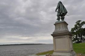 Captyain John Smith, overlooking the James River