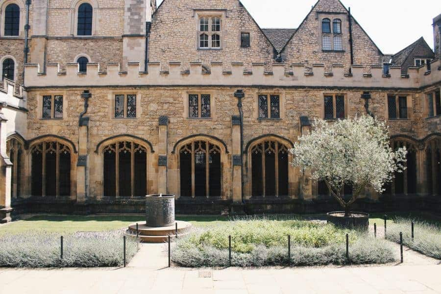 The Harry Potter Tour Of Oxford University - Christ Church Cloisters