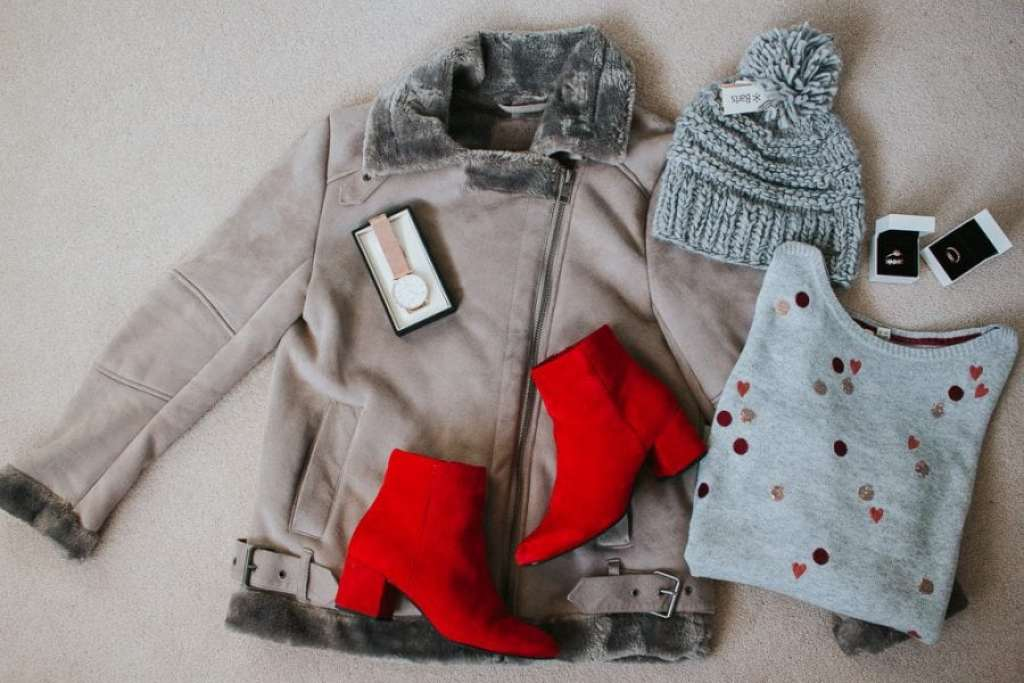 Christmas Gifts For Her: Fashion, Beauty, Kitchen & Home