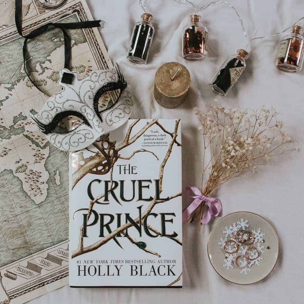 Book Review: The Cruel Prince (The Folk of the Air) by Holly Black