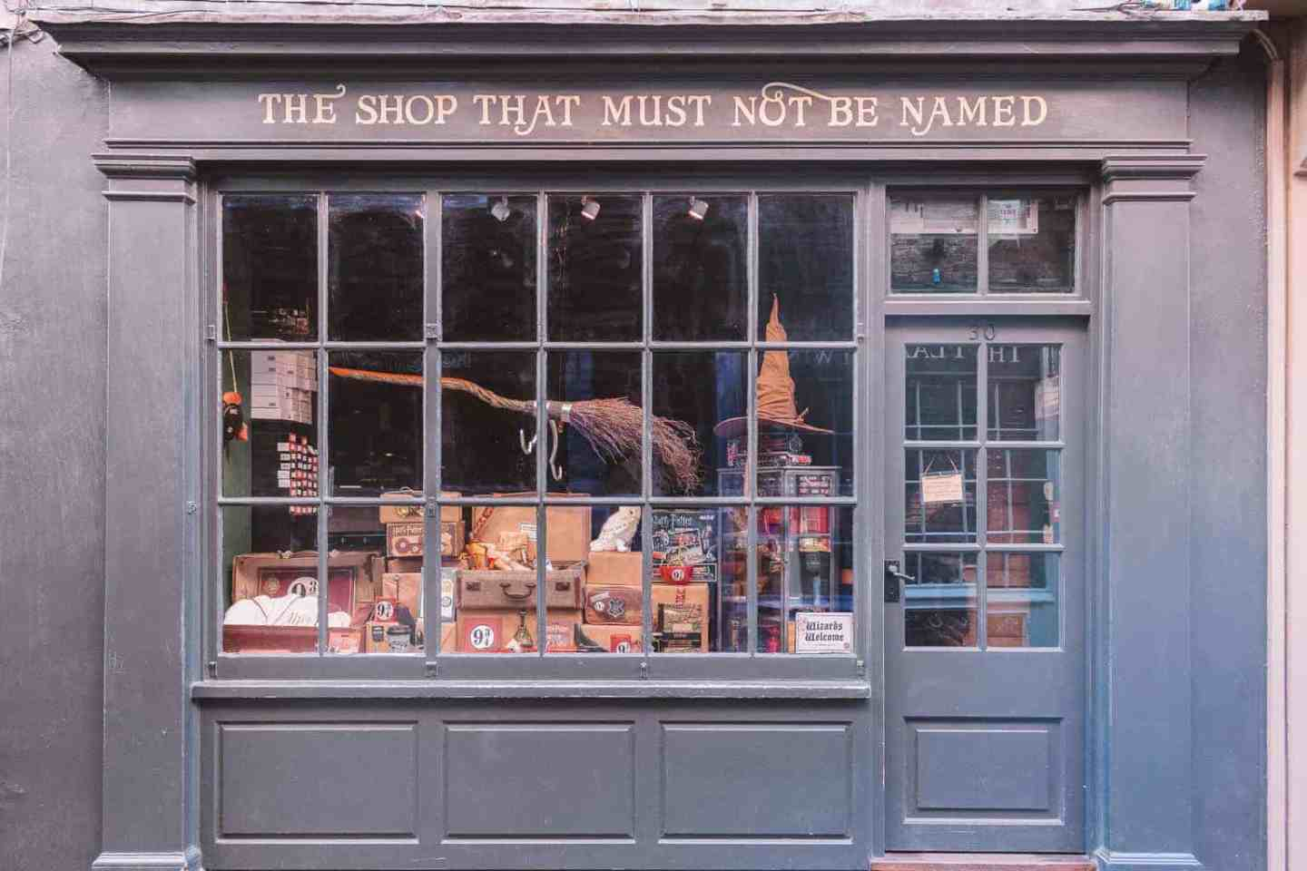 The Shop That Must Not Be Named - The Ultimate Guide to Harry Potter in York
