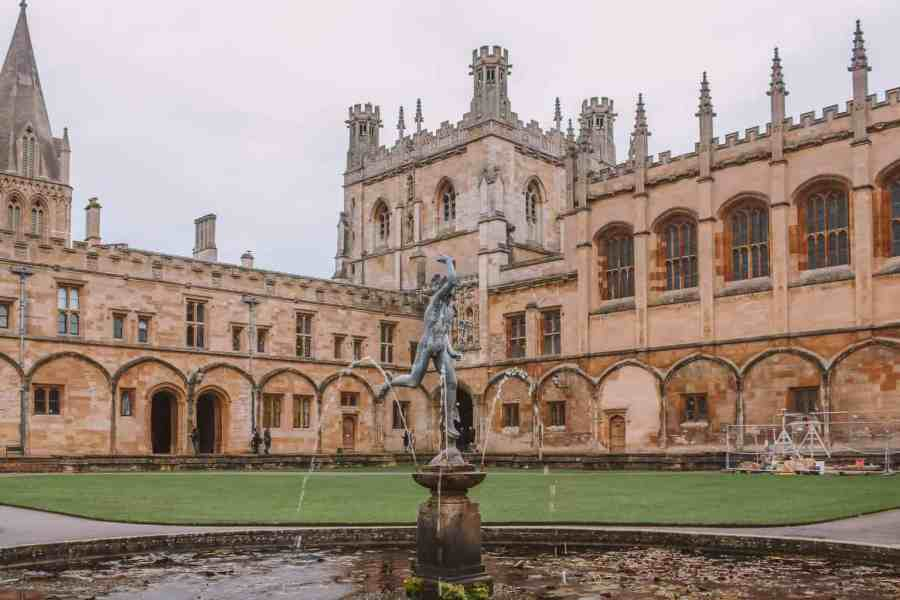 15 Things You Didn't Know About Christ Church, Oxford University - Mercury Pond