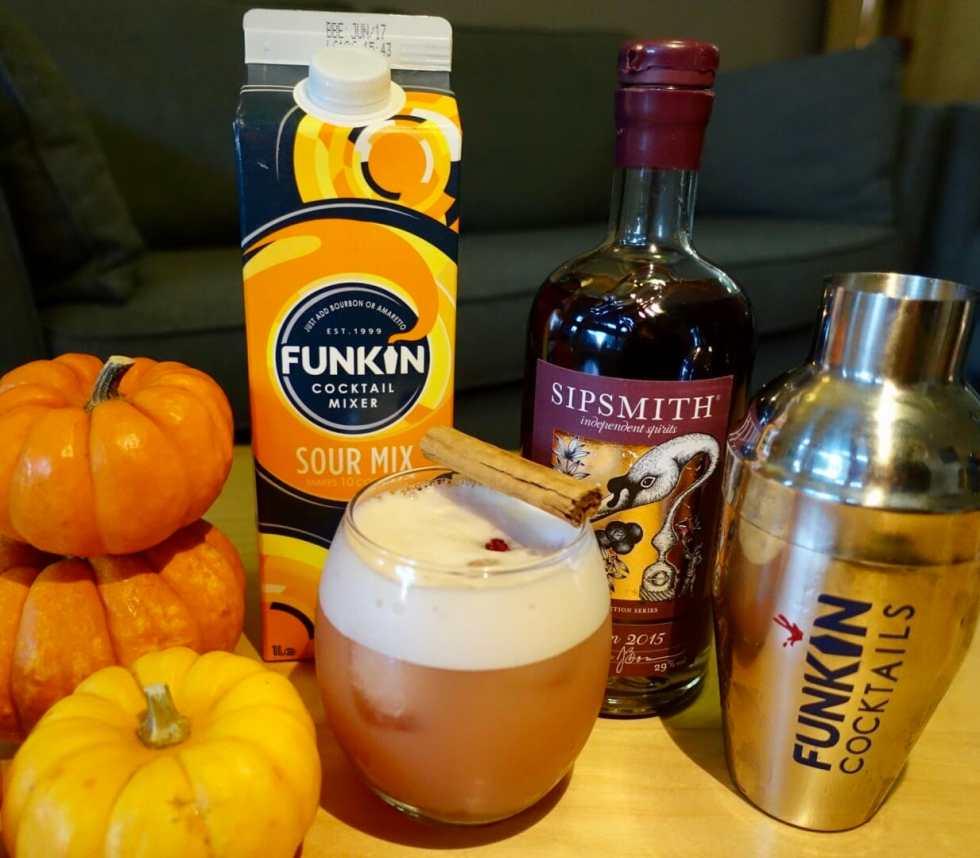 Autumn cocktail fun on What's Katie Doing? blog
