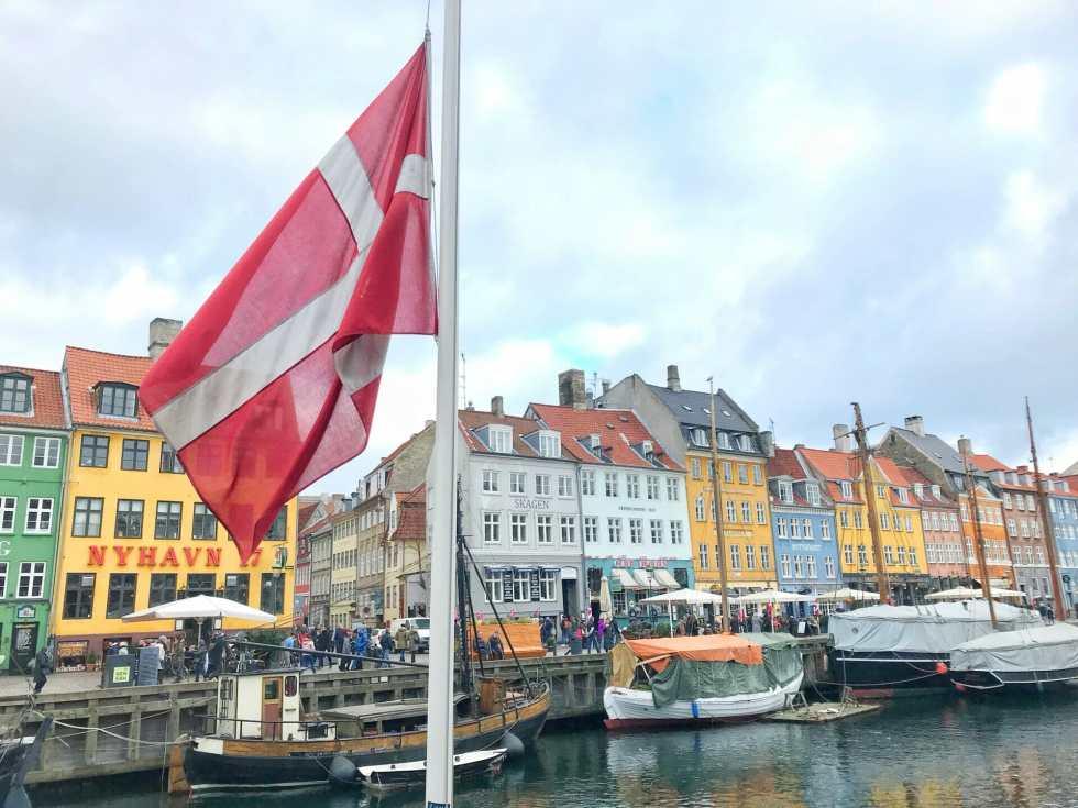 Copenhagen gin guide - Danish flag at Nyhavn port