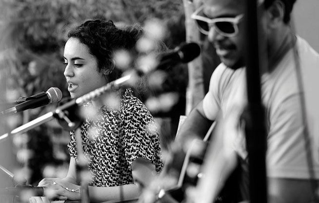 Freshly Ground Sounds: Therese and Shane