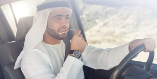 hands free calls driving dubai
