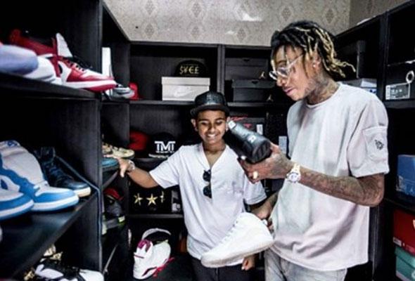Richest Kid In Dubai >> Rashed Belhasa Meet The Rich Kid From Dubai Why World Stars Go To
