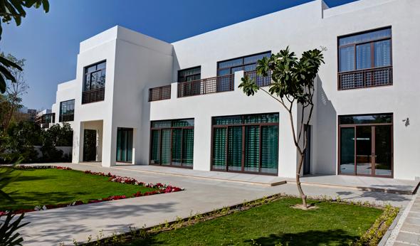 Modern-Arabic---Exterior