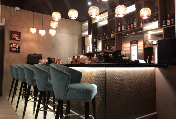 Hook up bar a Dubai