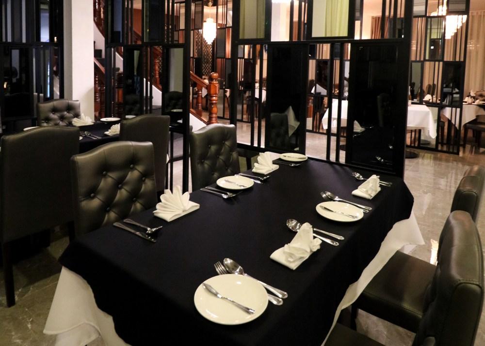 Mirror Restaurant Phnom Penh