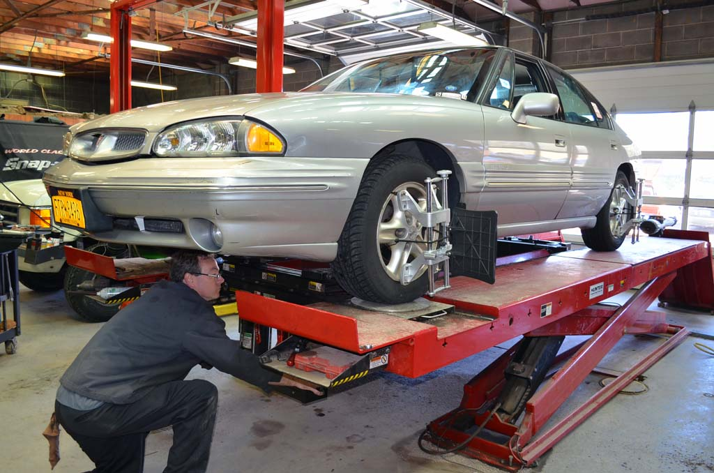 How Much Is A Tire Alignment >> How Much Does Wheel Alignment Cost for Your Car or Truck? - Whats the Cost?