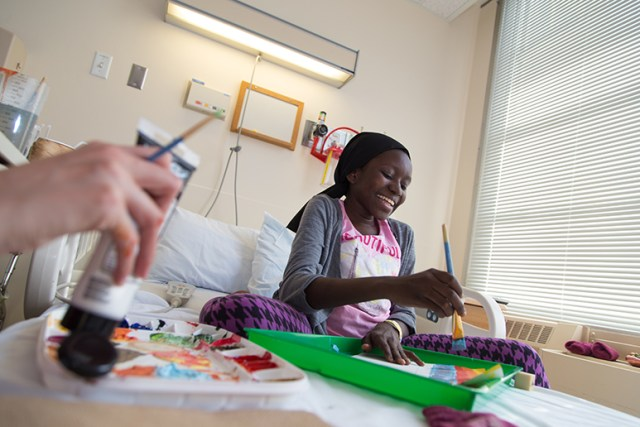 Creative Coping Pediatric Art Therapist Brings Art To The