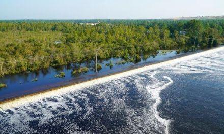 Flooding: Dam breach at Duke plant; coal ash could spill