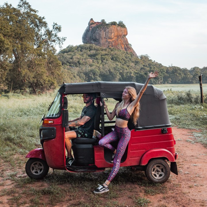 We drove a tuktuk around Sri Lanka with TukTukRental.com