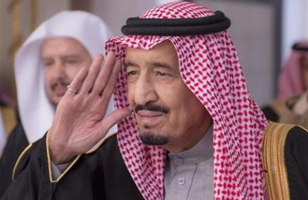 New Saudi king moves fast to name second-in-line to throne