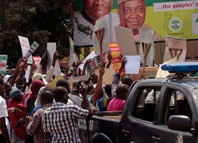 Nigeria postpones elections to March 28, cites uprising