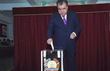 Tajikistan vote on allowing president to rule for life