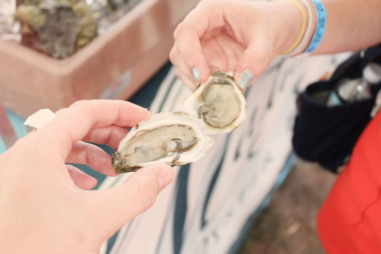 whats-up-newport-visual-manor-ocean-state-oyster-8