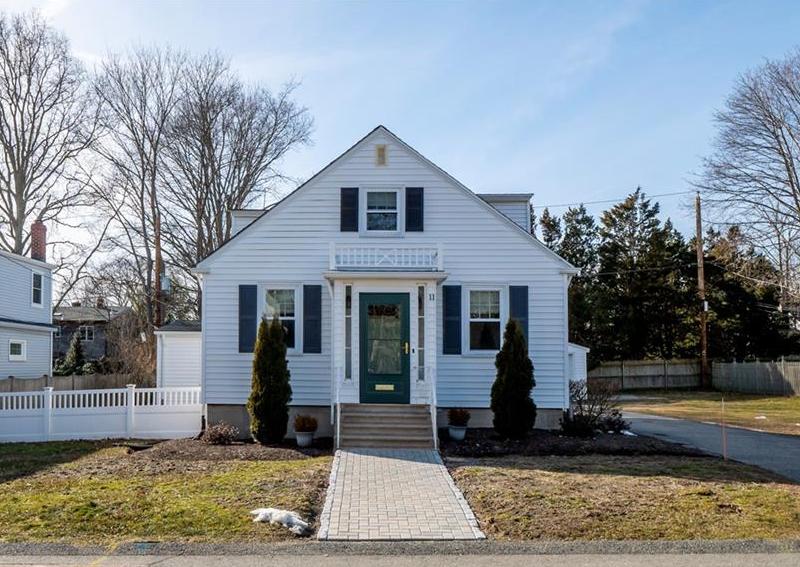 11 Keeher Avenue, Newport, RI