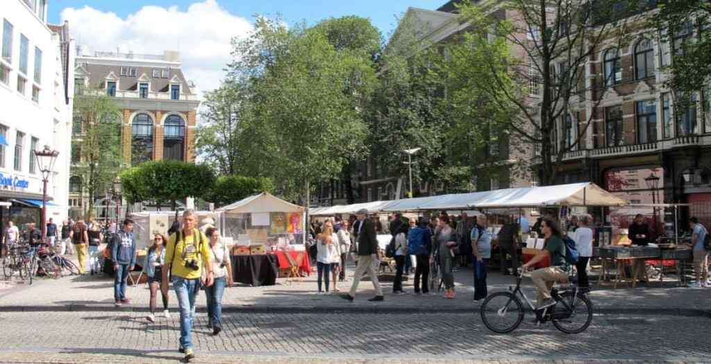 Spui art market