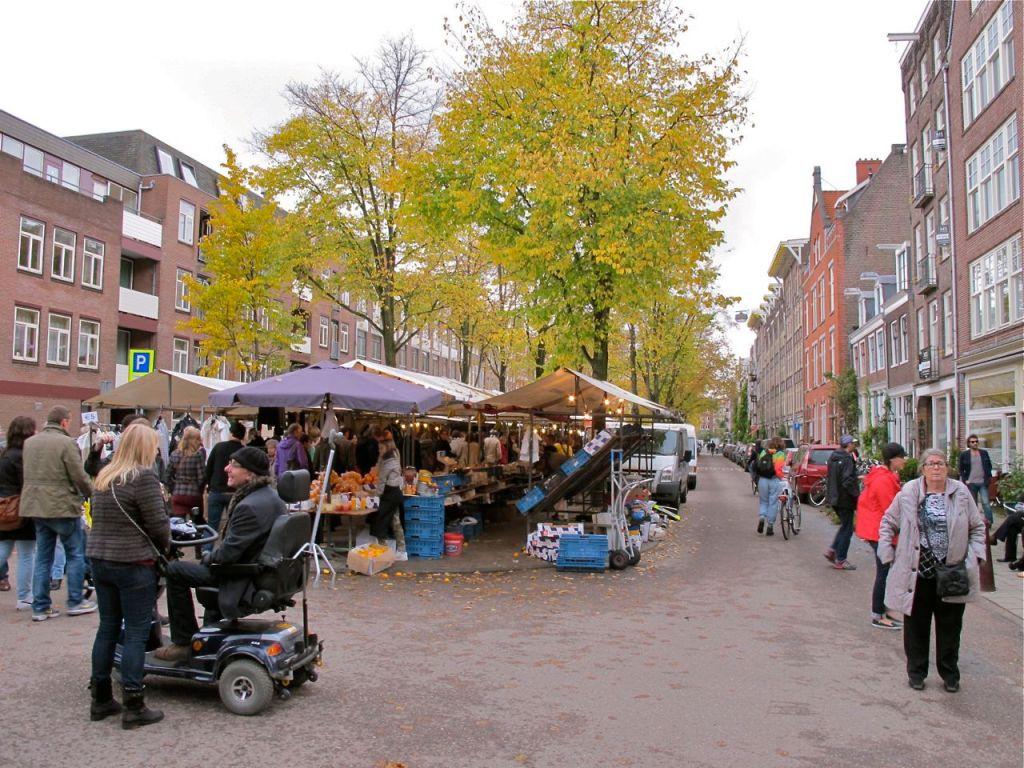 Lindengracht organic market Amsterdam