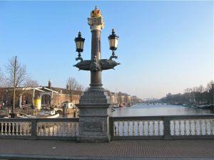 Amsterdam bridges: Blue Bridge