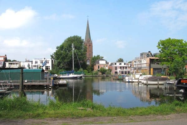 13 View on NIeuwendammerdijk, you will cycle there a little later